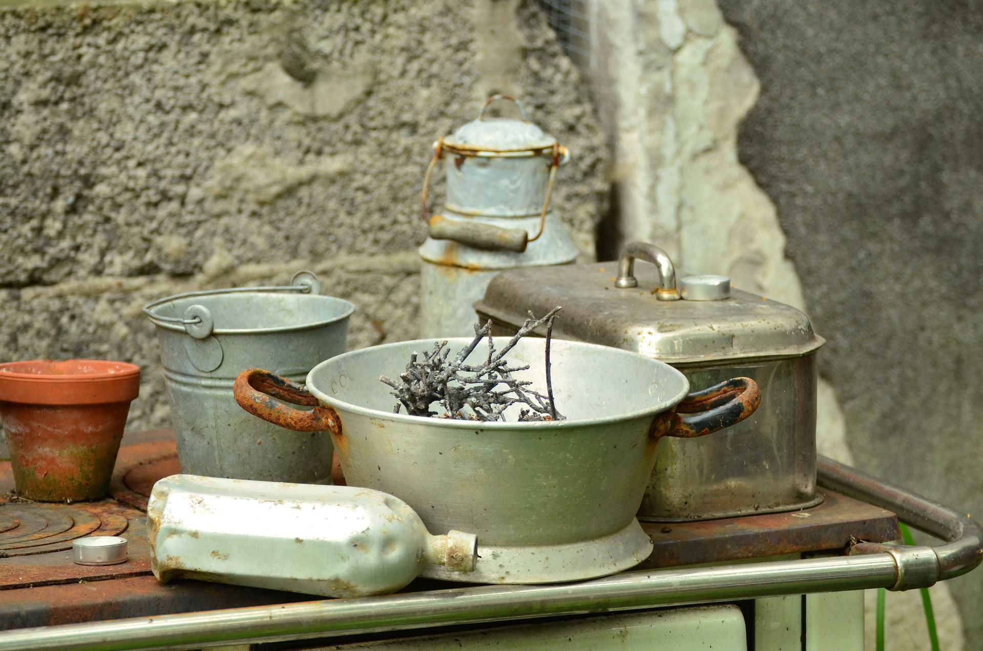 tableware-896224_1920