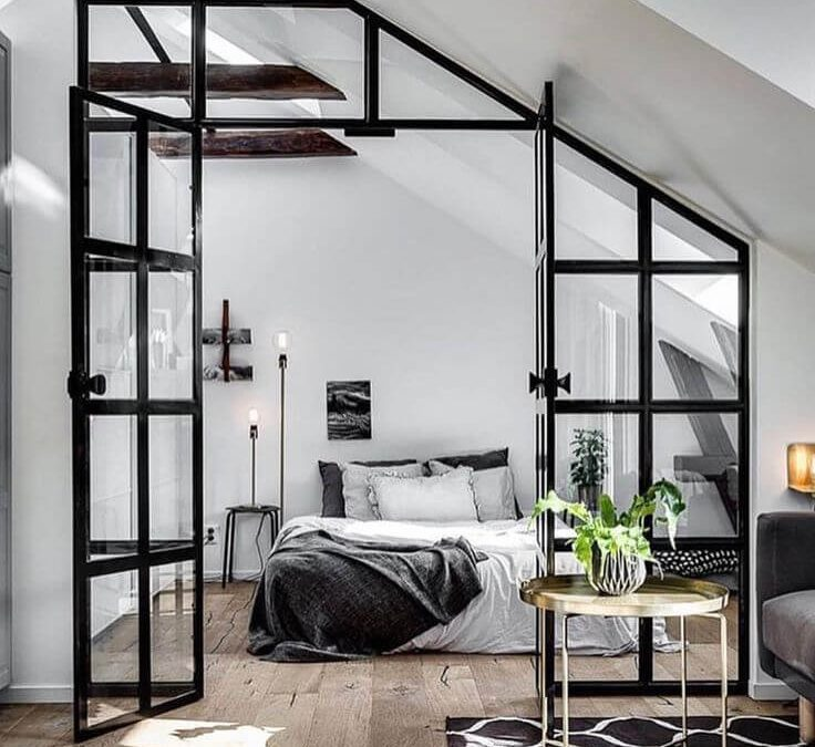 Crittall-Style is back, to 'steel' the show.